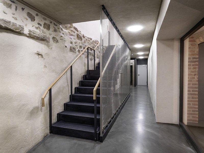 Renovierung, Sanierung Keller, Treppen und Mauerwerk